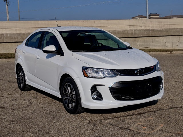 Sam Leman Chevy >> New 2019 Chevrolet Sonic LT 4D Sedan in Bloomington, Morton, Peoria #CV4260 | Sam Leman ...