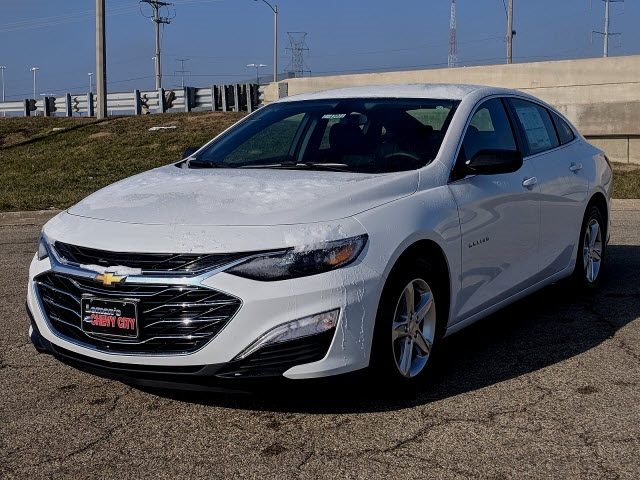 New 2019 Chevrolet Malibu Ls 4d Sedan In Bloomington Morton Peoria