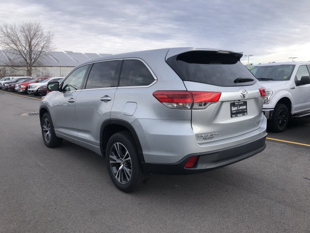 Sam Leman Morton Illinois >> Pre-Owned 2017 Toyota Highlander LE 4D Sport Utility in Bloomington, Morton, Peoria #BX7308 ...