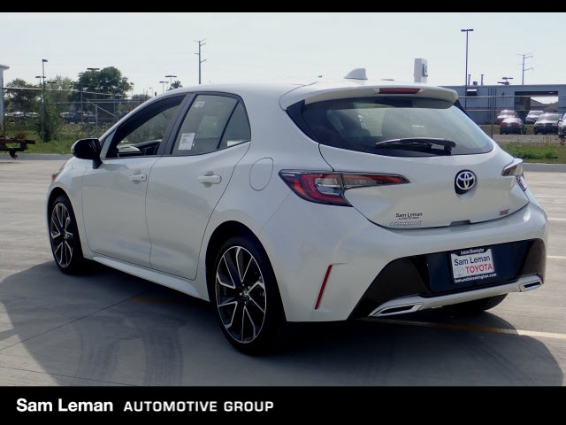 New 2019 Toyota Corolla Hatchback Xse 5d Hatchback In Bloomington